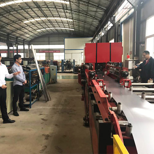 Client-from-Columbia-Visit-our-Factory.jpg